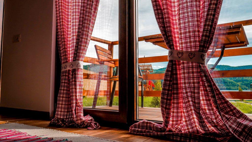 Confort si relaxare pe Clisura Dunarii - Danube Village